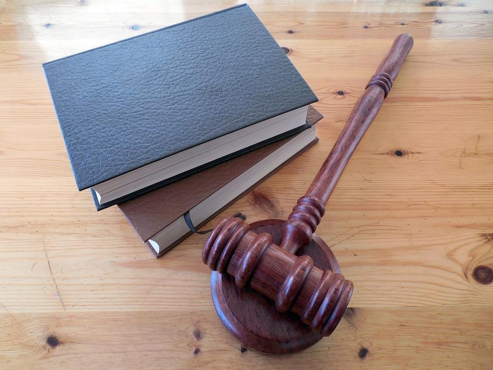 Kwestie prawne nieruchomości - jak je skutecznie rozwiązywać?