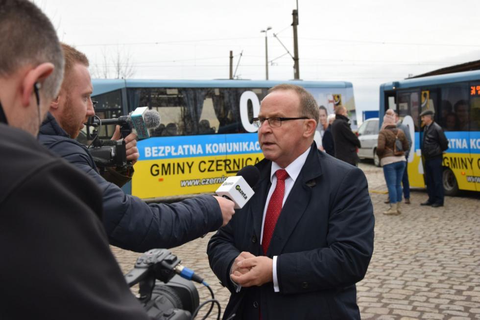 Autobusem za darmo po gminie Czernica