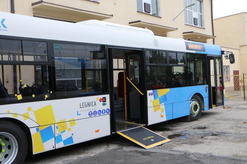 Kolejne nowe autobusy wLegnicy