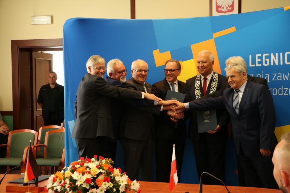25 lat partnerstwa Legnicy iWuppertalu. Podpisano nową deklarację