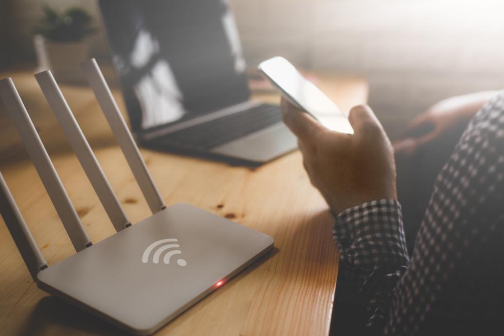Wybierz internet stacjonarny bez limitu iciesz się niezawodnym łączem internetowym!