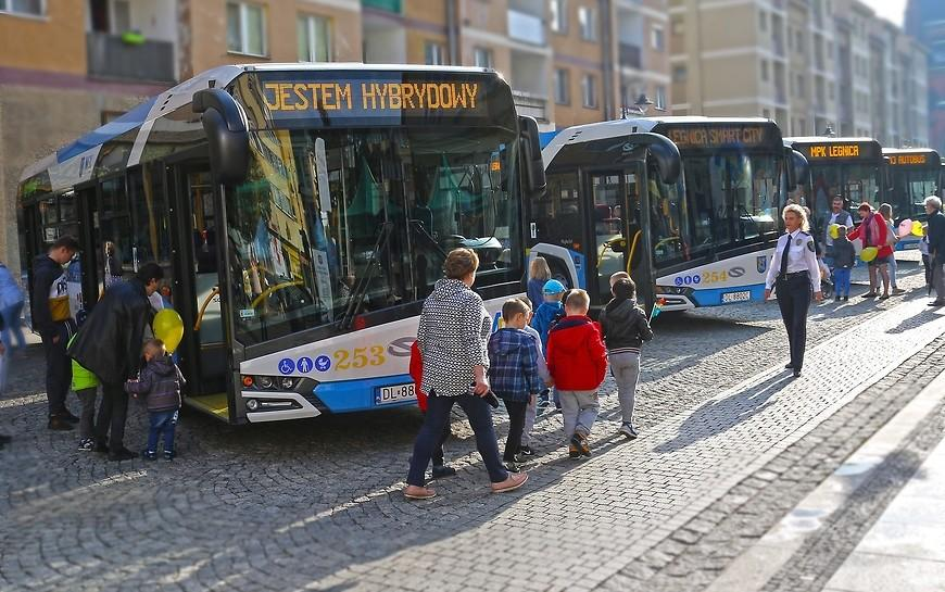 Hybrydowe autobusy wLegnicy