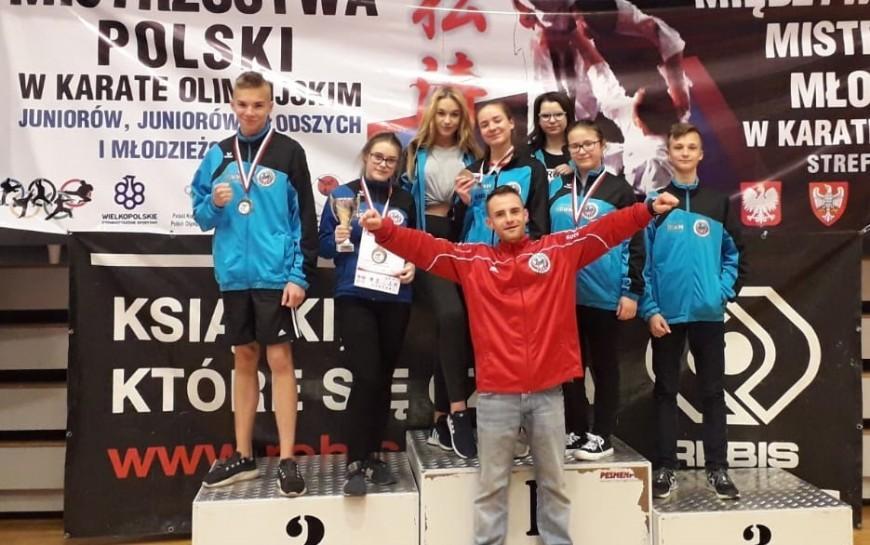Młodzi legniccy karatecy błysnęli wna mistrzostwach Polski