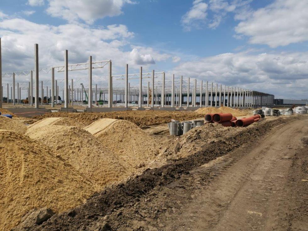 Budowa drogi gminnej doterenów inwestycyjnych przy A4
