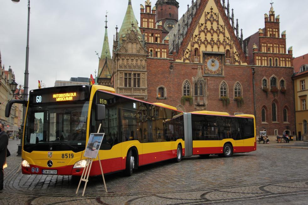 Wszystkie autobusy zgwiazdą już weWrocławiu