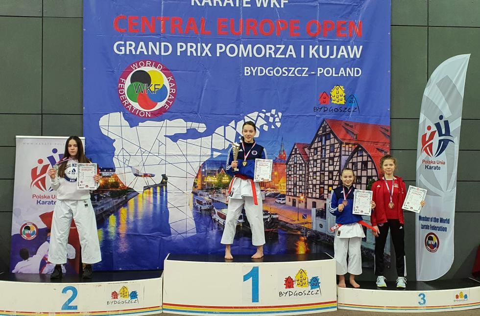 7 medali karateków wBydgoszczy